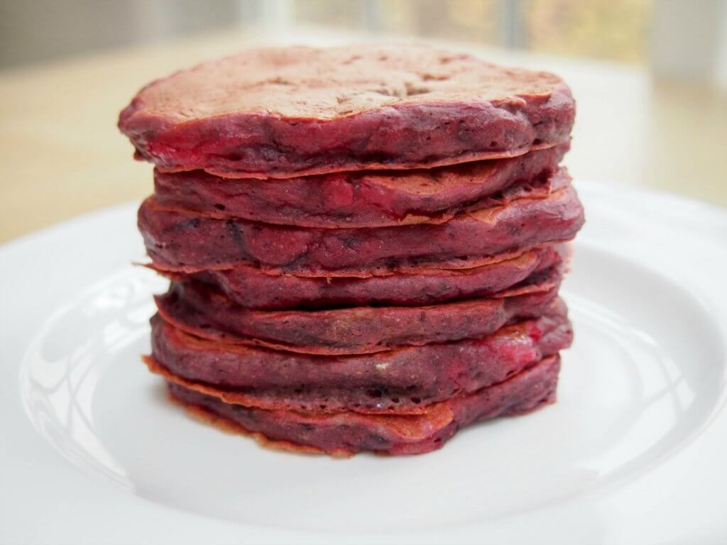 Beetroot and pear pancakes (aka pink pancakes)