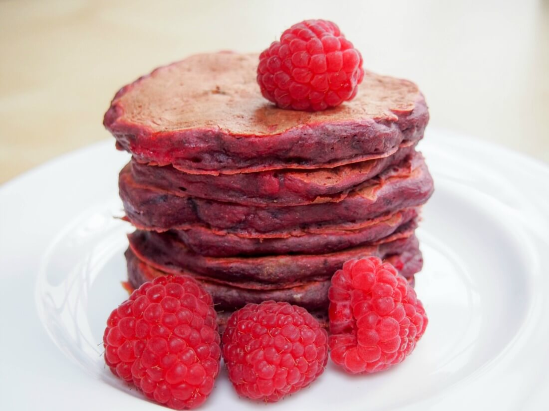 Beetroot and pear pancakes aka pink pancakes