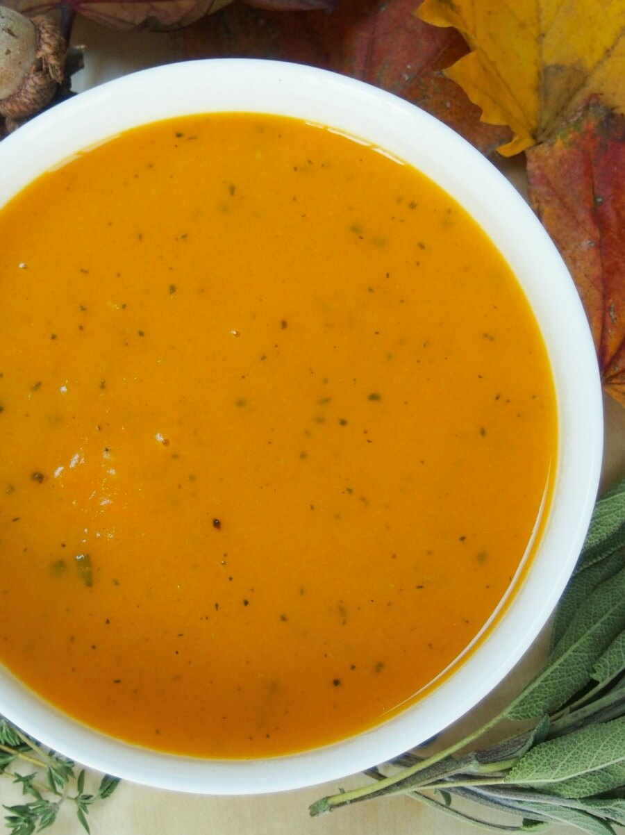 butternut squash soup with apple, sage and thyme