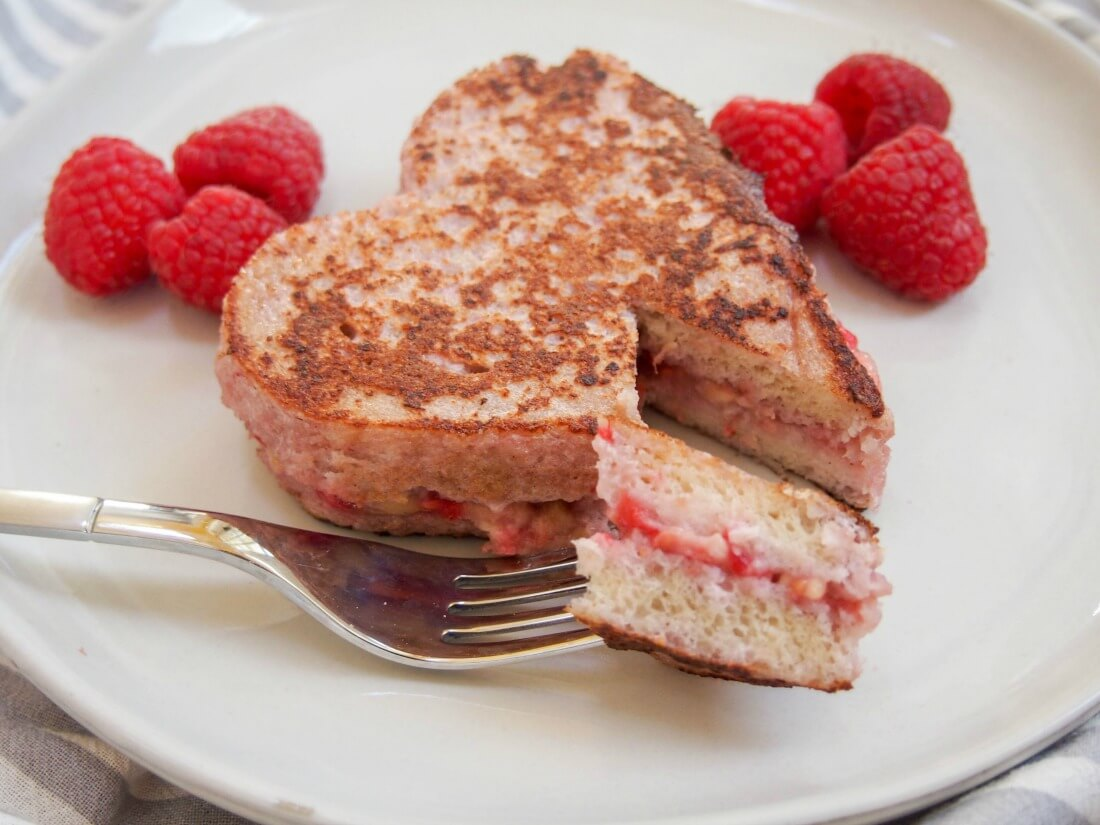 Raspberry stuffed French toast - Caroline's Cooking