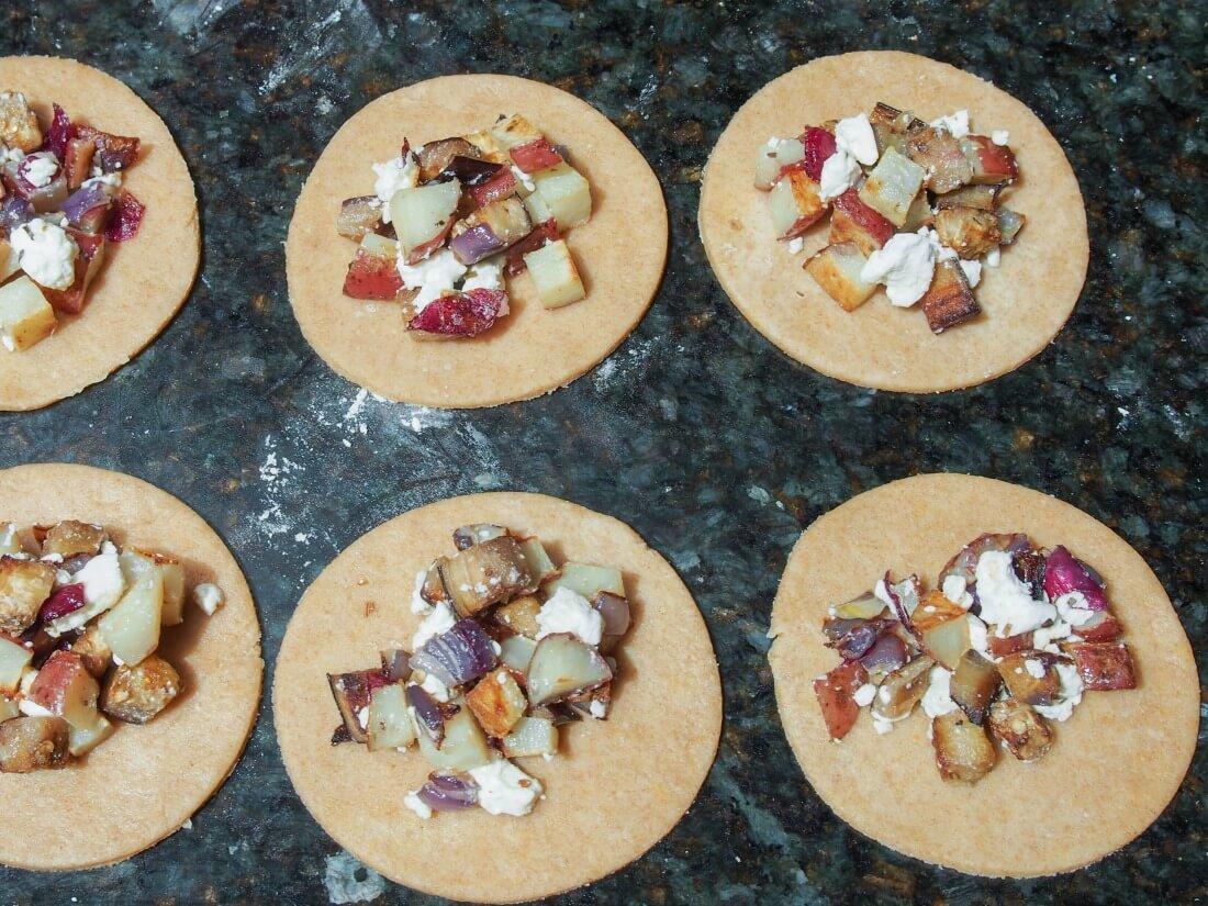 filling Greek-ish vegetable empanadas