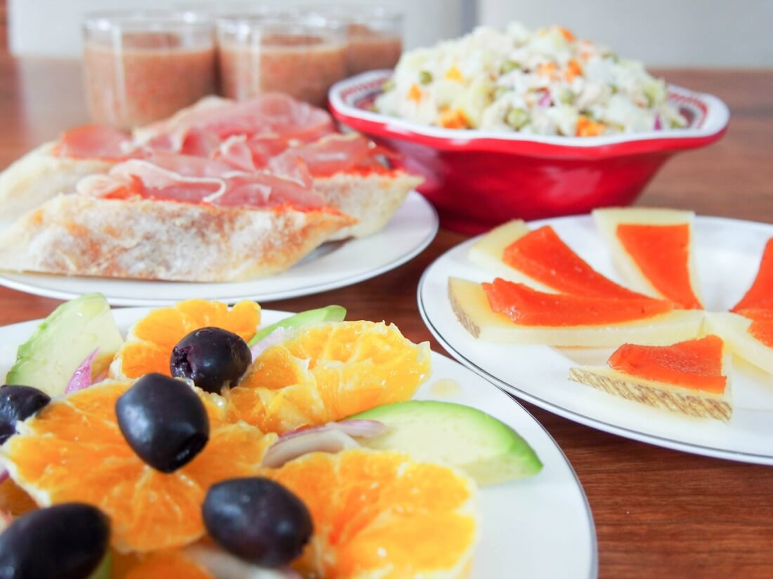 simple summer Spanish tapas (no cook)