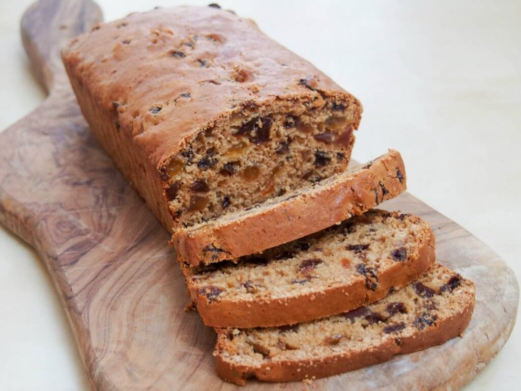 Irish brack (fruit loaf)