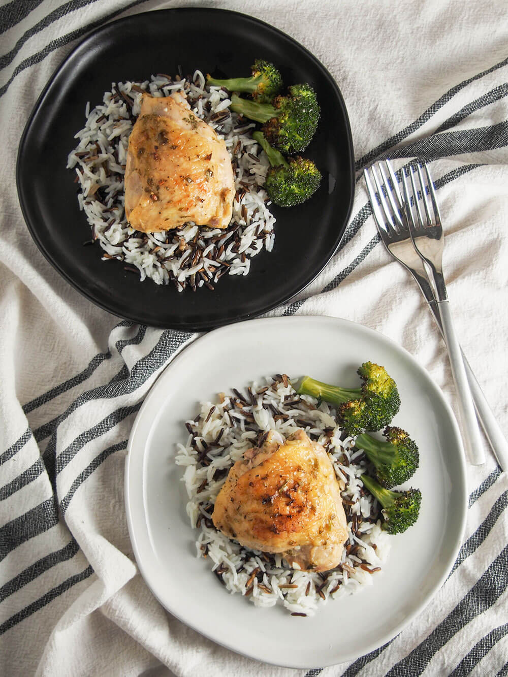 baked tarragon chicken plates from overhead