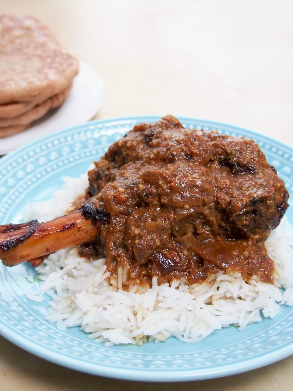Slow cooker lamb rogan josh (using lamb shanks)