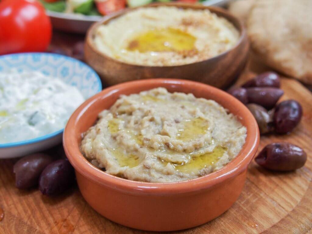 baba ghanoush eggplant dip/spread (baba ganoush)