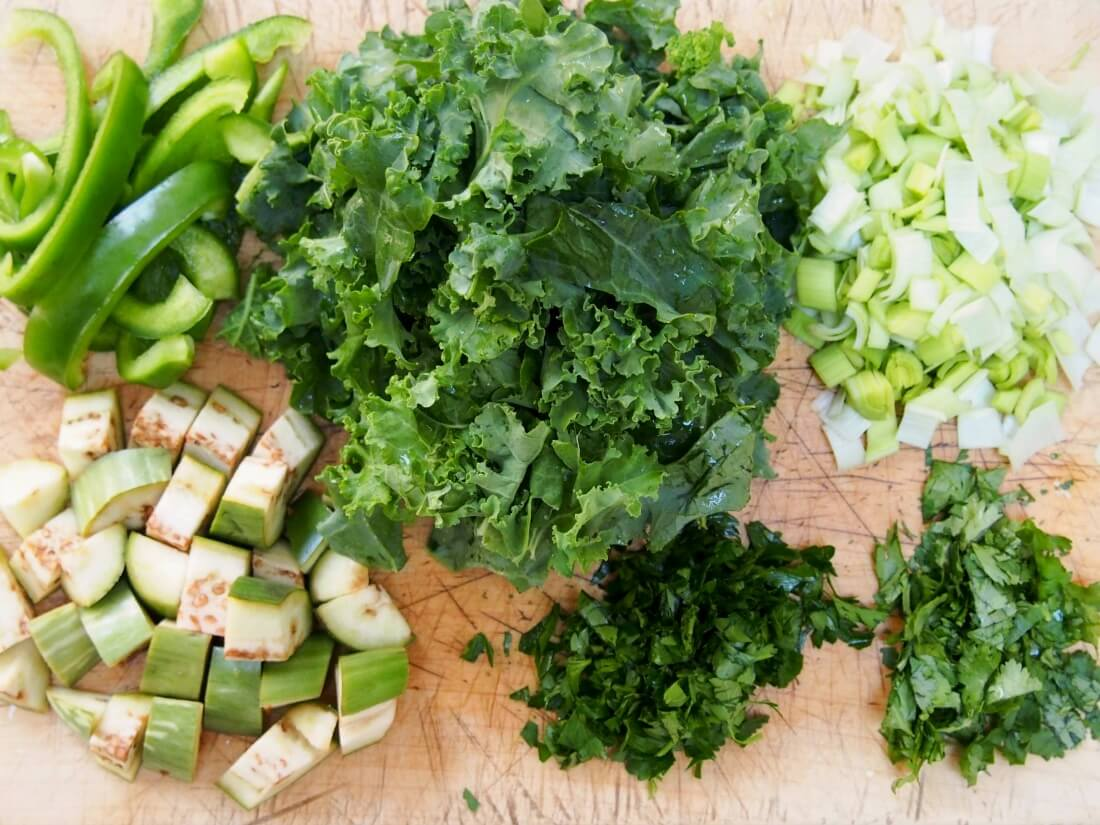 green shakshuka ingredients