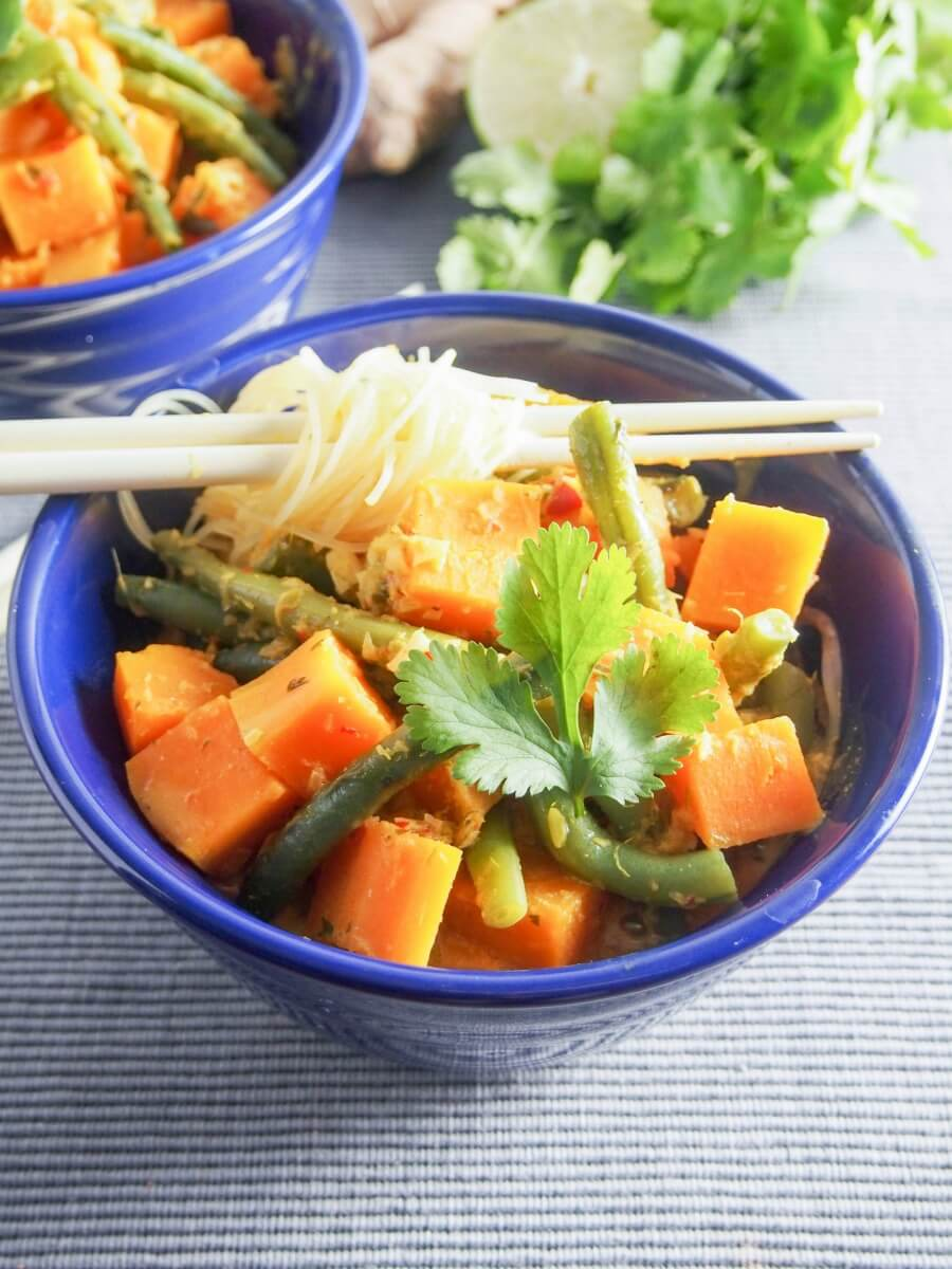 green bean and squash laksa