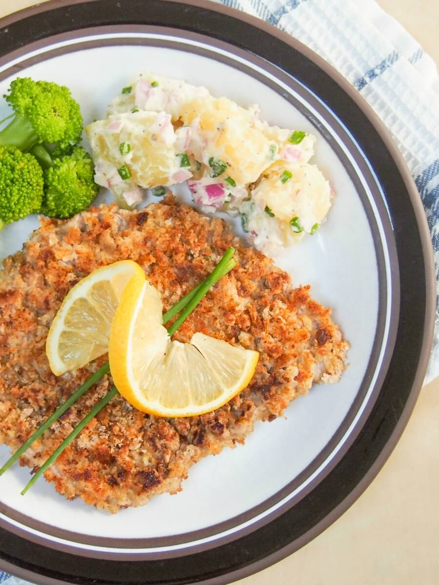 Wiener schnitzel recipe - a delicious Austrian classic dish, loved by all