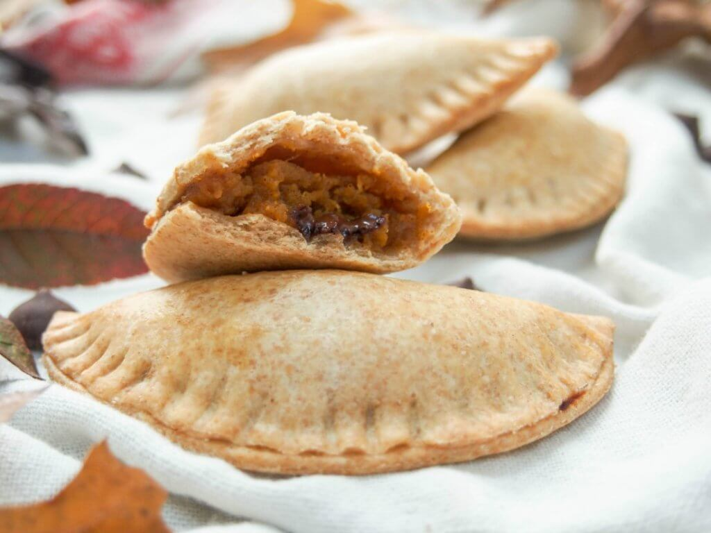 chocolate chip and pumpkin empanadas. Delicious pastry pockets with a smooth, soft spiced filling. Lower in sugar, part wholewheat, these are a healthier version too.
