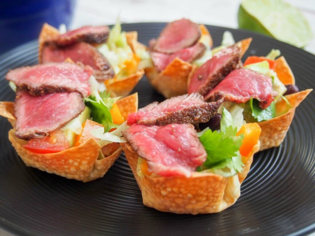 Steak taco salad wonton cups