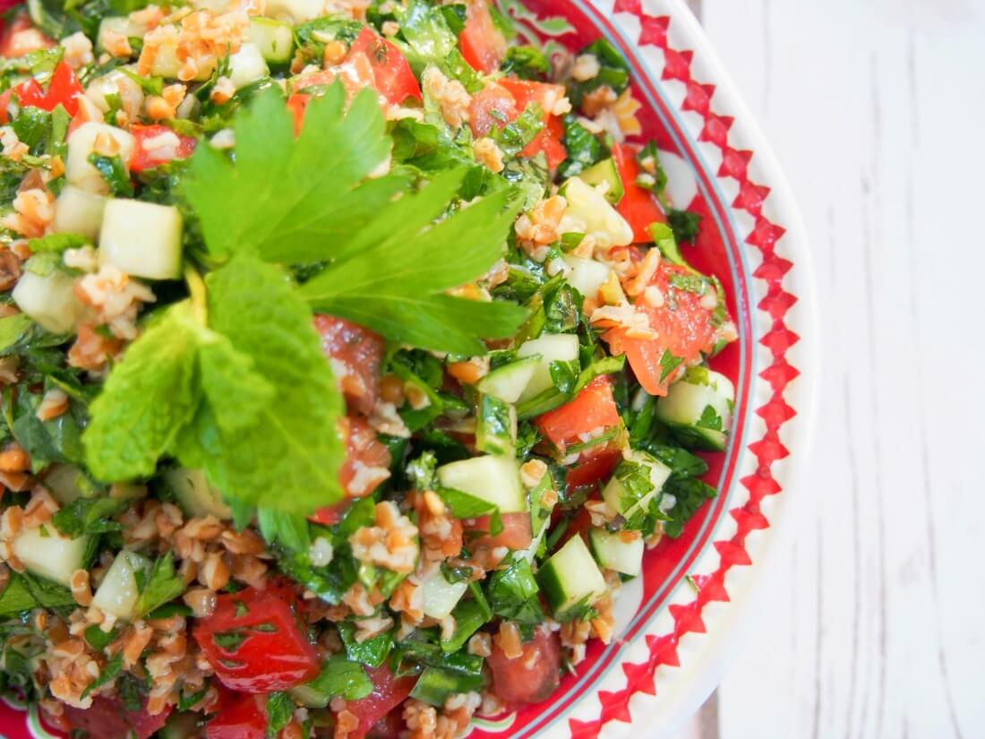 pomegranate tabbouleh - Tabbouleh is a wonderfully fresh Middle Eastern side salad, packed with herbs, tomato & cucumber. Here the lemon-oil dressing gets an extra pomegranate tang. So good!
