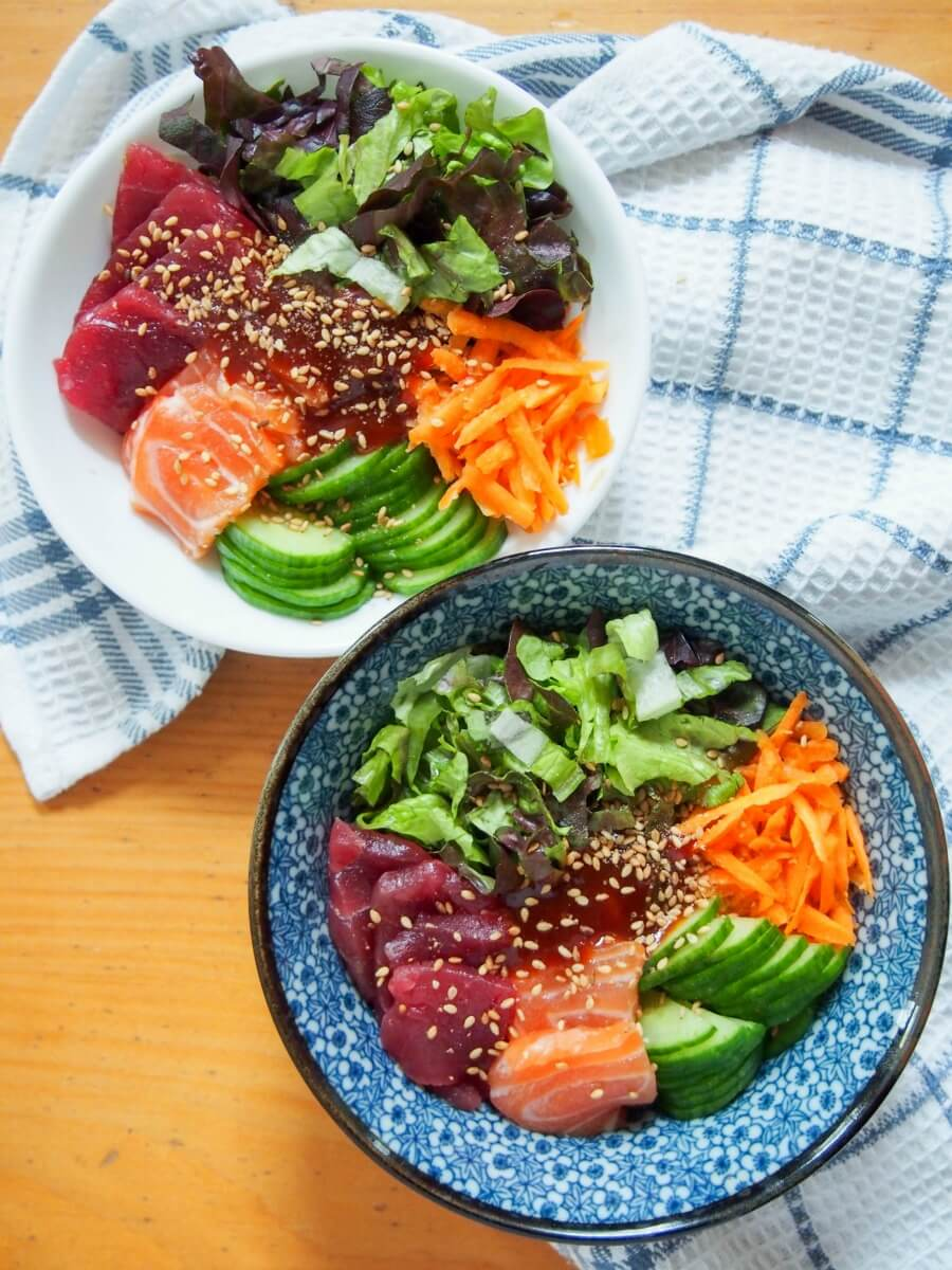 Korean sashimi rice bowl (hoedeopbap)