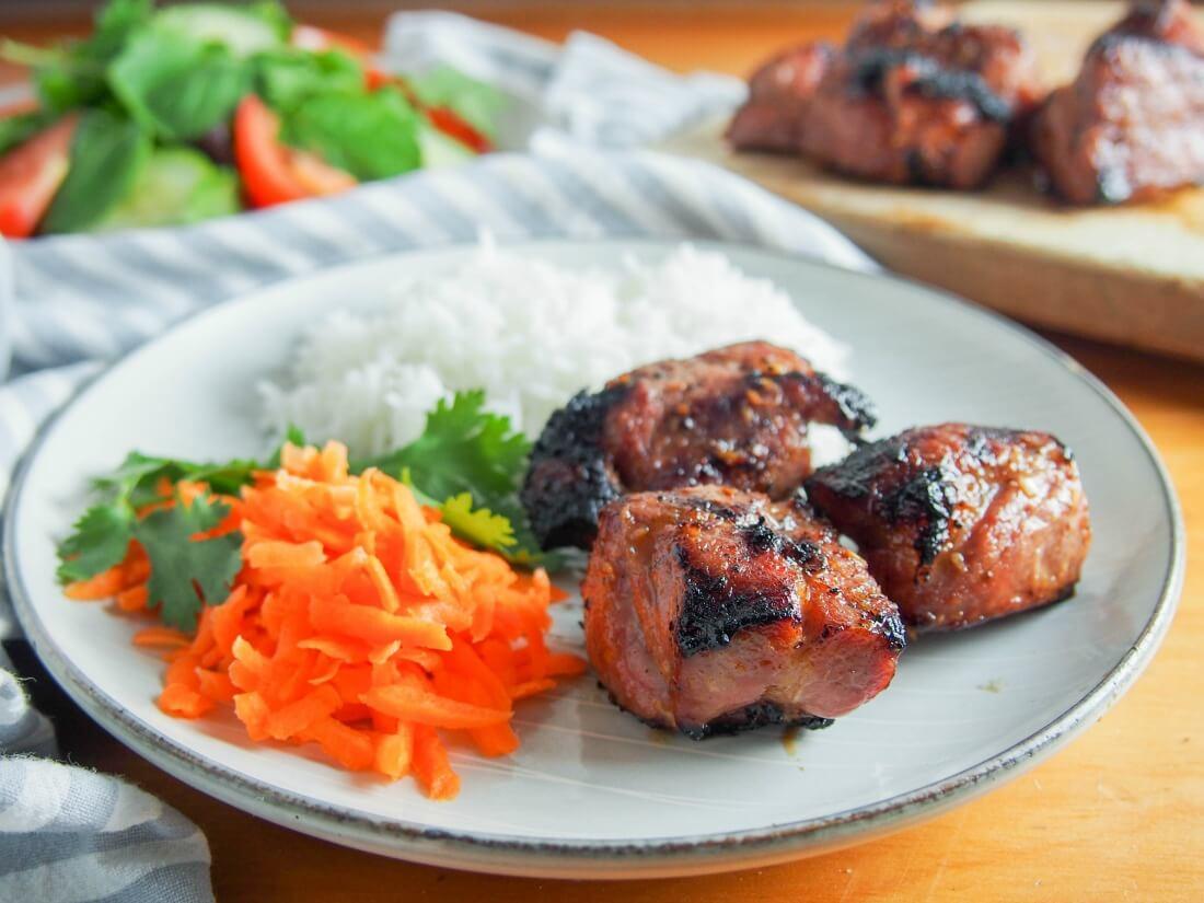 Vietnamese lemongrass pork (Thit Heo Nuong Xa) - Caroline's Cooking