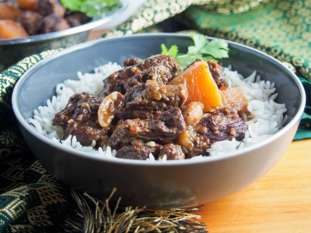 Beef massaman curry (slow cooker) #SundaySupper