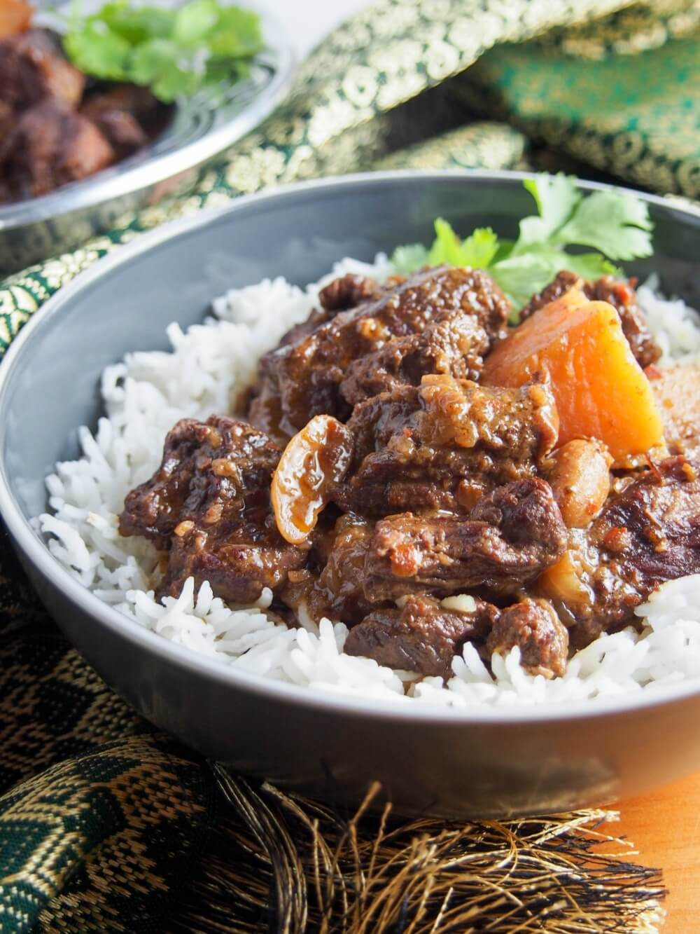 Beef massaman curry (slow cooker)