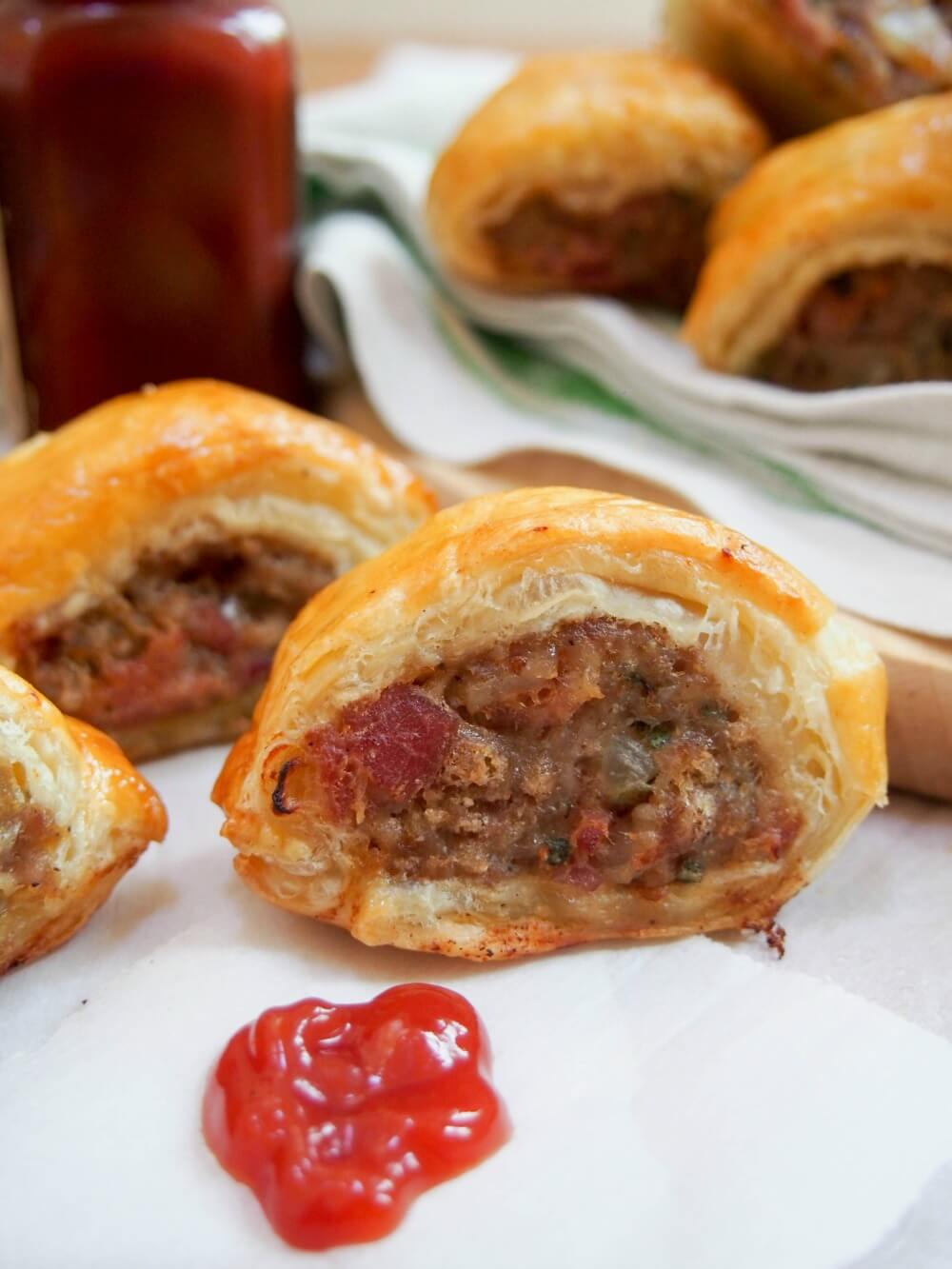 sausage rolls - a tasty British snack that's easy and perfect for entertaining