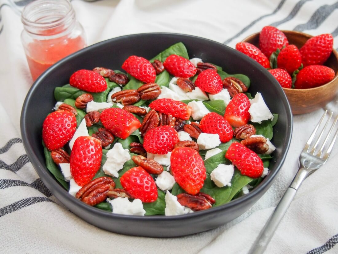 Strawberry spinach feta salad #SundaySupper - Caroline's Cooking