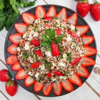 strawberry quinoa salad with feta