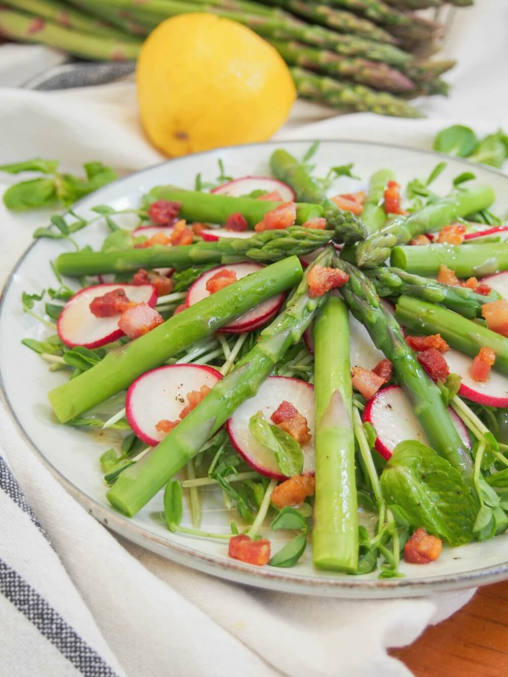 Asparagus salad with pea shoots and pancetta