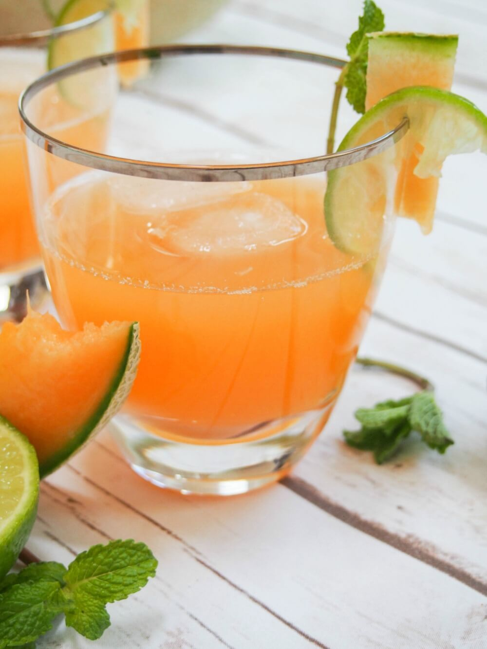 glass of cantaloupe agua fresca