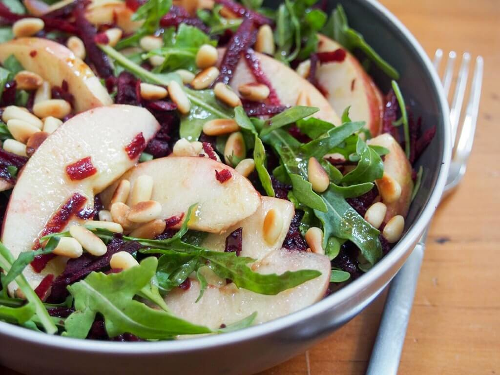 Beet apple salad with maple vinaigrette #Appleweek