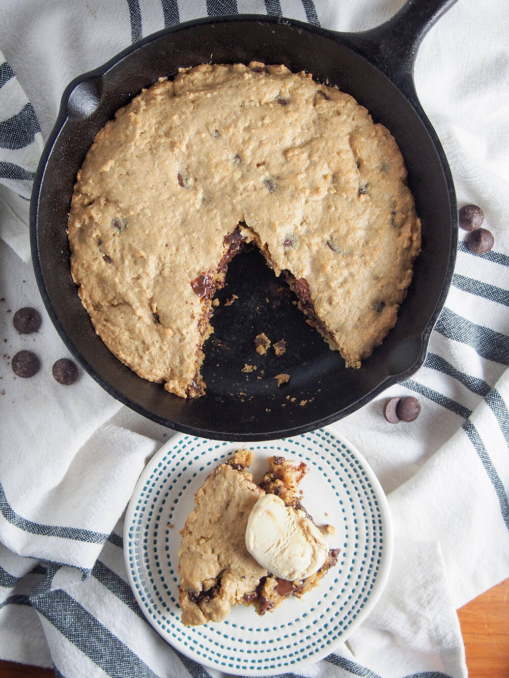 Oatmeal chocolate chip skillet cookie