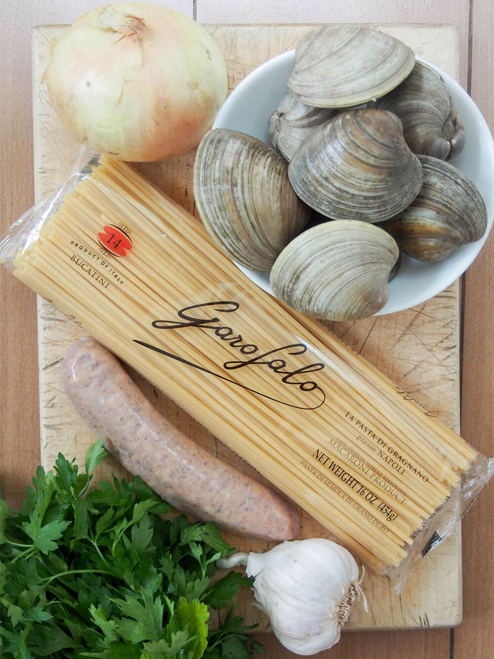 ingredients for Pasta with clams and sausage