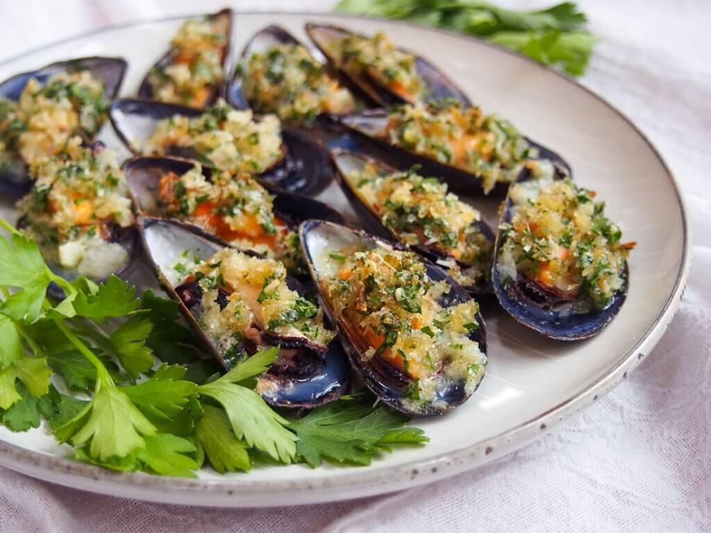 baked mussels on plate